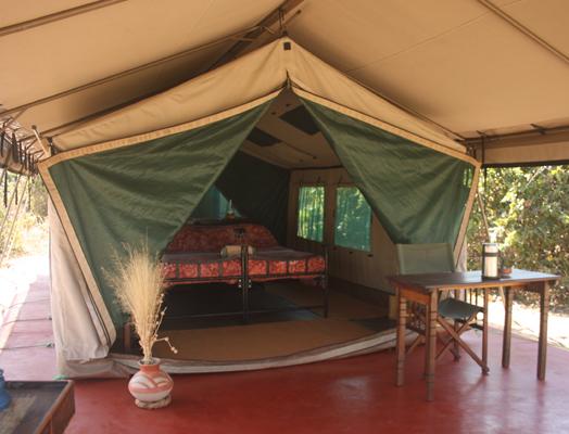 1_Tent_2 - Mdonya Old River Camp - wetu